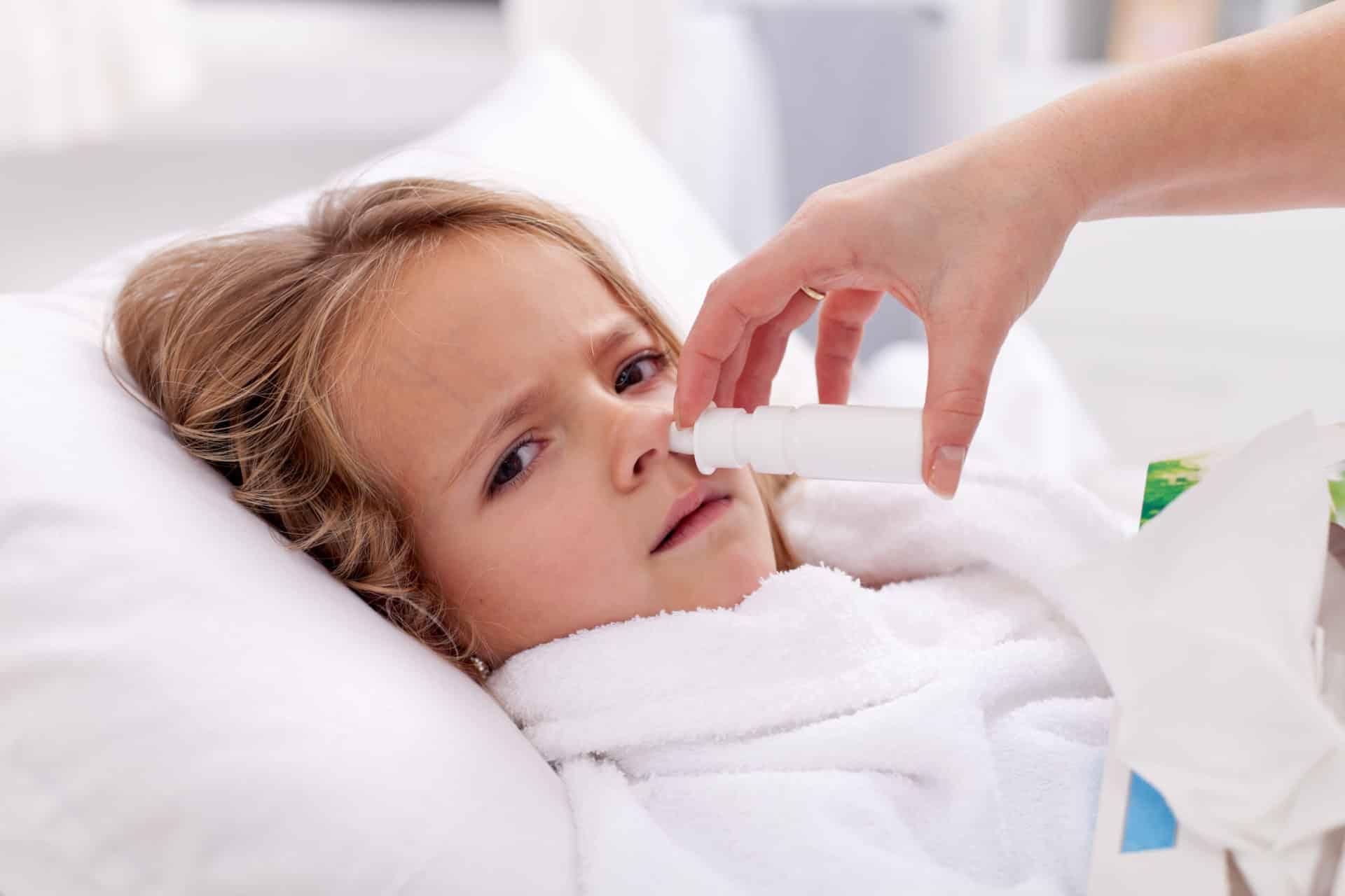 Как вылечить первые признаки насморка у ребенка thumbnail