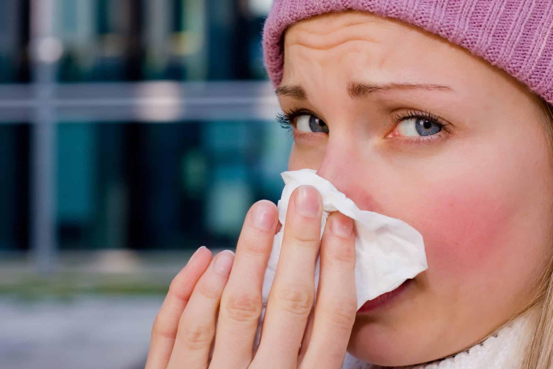 Симптомы чихание головная боль - Боль в голове