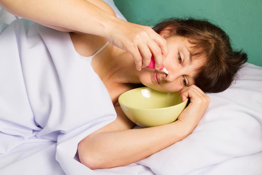Гной в носу и болит ухо