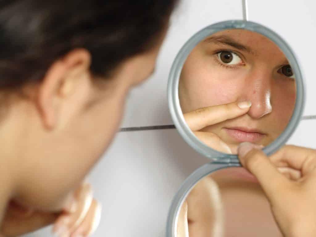 Причины появления боли в носу