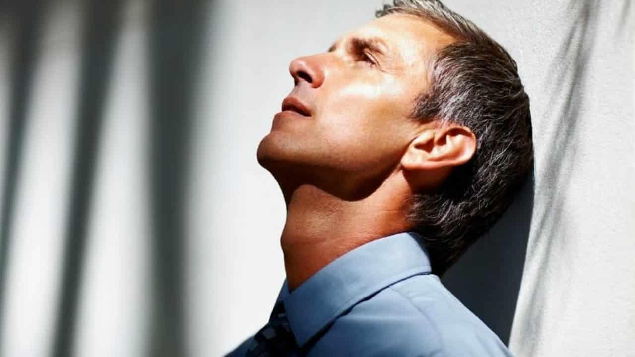 Депрессии и стрессы, их связь с насморком