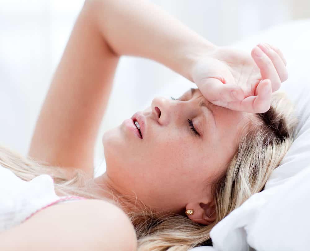 почему болит горло при глотании с левой thumbnail